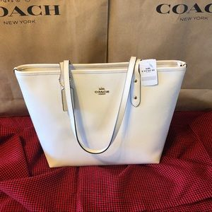 NWT Coach Crossgrain Leather City Zip Tote